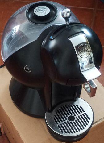 Máquina de café Dolce gusto, preço negociável