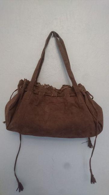 Czekoladowa brązowa torebka zamszowa do ręki w stylu boho CHerokee