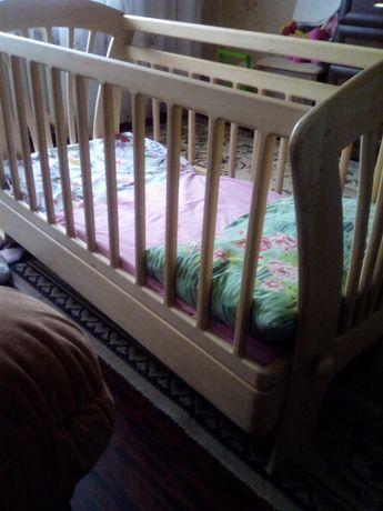 Детская мебель кроватка деревянная