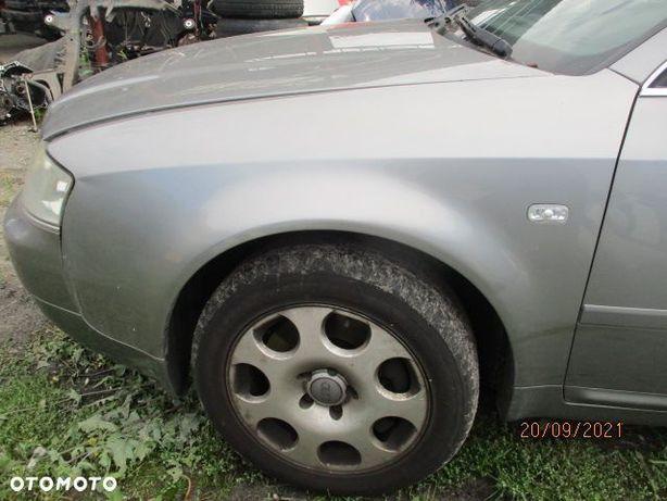 Błotnik lewy Audi A6C5 LY7Q