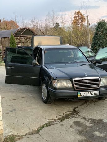 Mercedes-benz Мерседес е300 ДИЗЕЛЬ 124