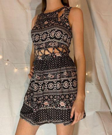 Платье / сарафан в орнамент с красивой перфорацией