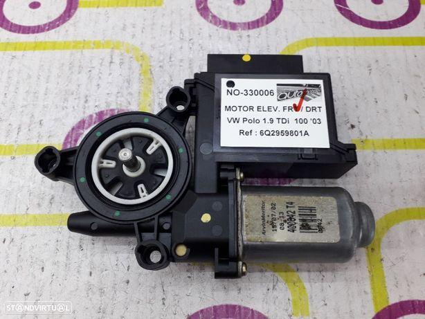 Motor de Elevador de Vidro Frt / Dto VW Polo 1.9 TDi 100Cv de 2003 - Ref : 6Q2959801A - NO330006