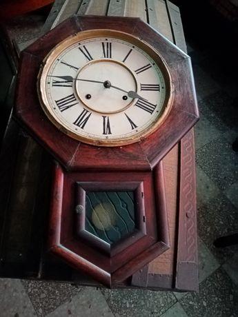 Relógio de parede de sala