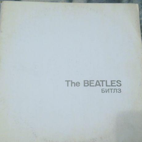 Виниловая пластинка The Beatles и другие