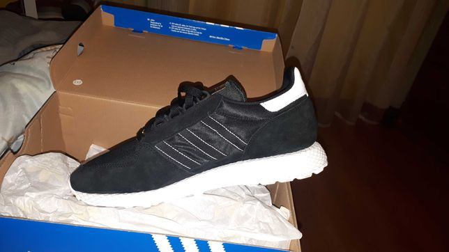 Sapatilhas adidas forest groove