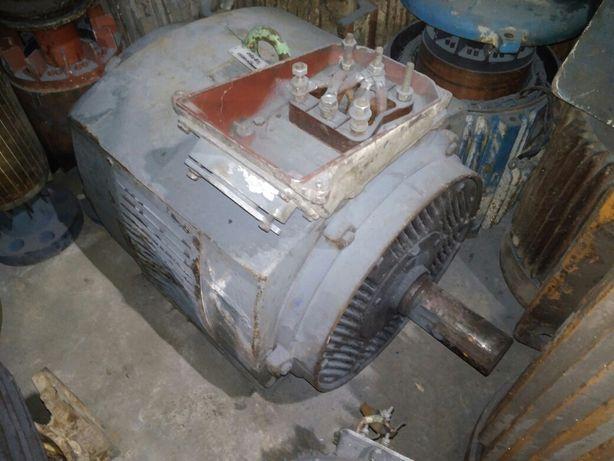 Продам Электродвигатель АМН 75кВт 1500 об.мин.