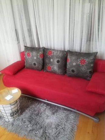 Sofa rozkładana piękny czerwony