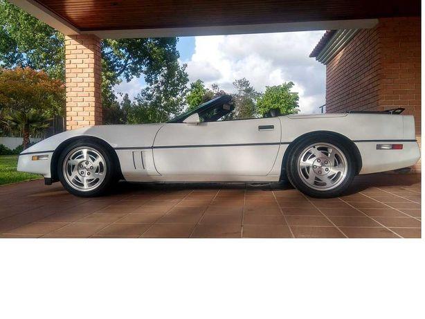 Chevrolet Corvette 5700cc V8 Cabrio + Hardtop