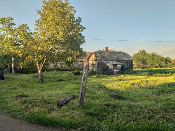 Продам ділянку із старим будинком