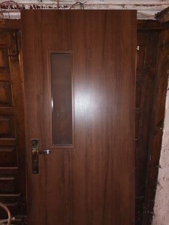 Drzwi lazienkowe 70 prawe