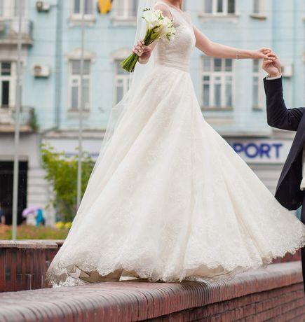 Свадебное платье (салон Инесса) s/xs после проф.химчистки! Не венчаное