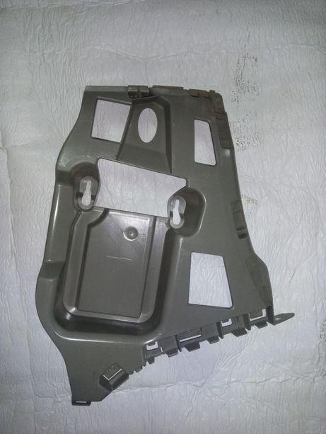 prowadnica zderzaka bocznego lewego BMW F20 F21