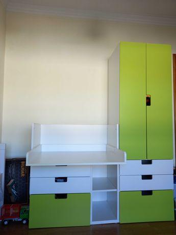 Vendo secretária/trocador + roupeiro, como novo, Ikea.