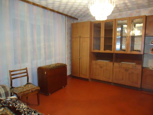 Аренда3х комнат.кв-ры ,пр.Маяковского,эт.4/10, площ.81м, цена 9000грн.