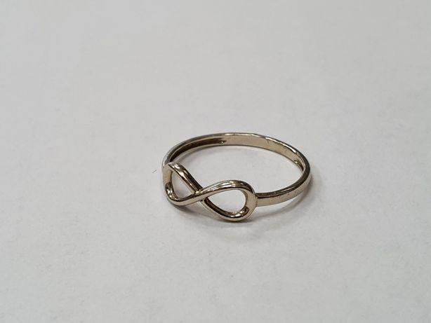 Piękny złoty pierścionek/ Znak nieskończoność/ 585/ 1.13 gram/ R13