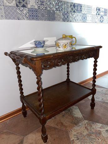 Столик кофейный старинный