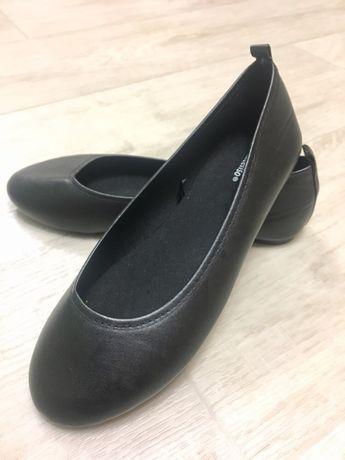 Новые туфли 35 размера