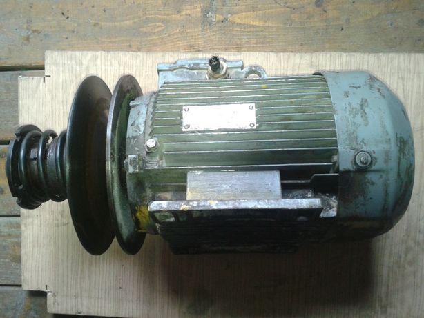 Silnik 2,2 kW 1000 obr. z kołem bezstopniowym