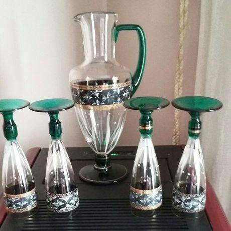 Conjunto de cristal muito antigo (Jarro e 4 copos de água)