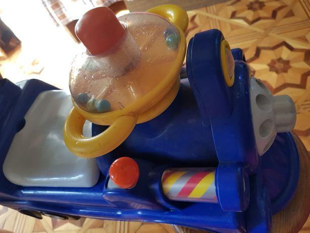 Игрушка,детский паравозик