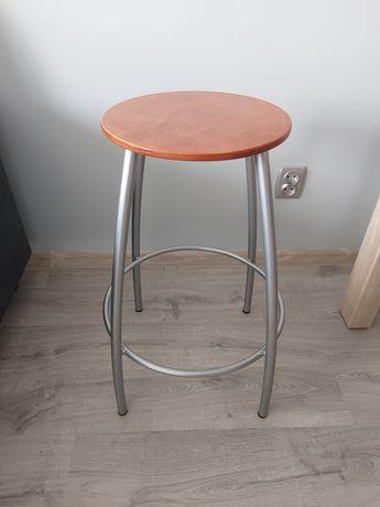 Mam na sprzedaż krzesło barowe