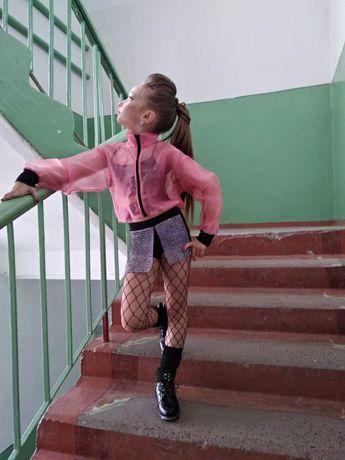 Бомбер,одяг для танців