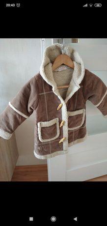 Kożuszek dla dziewczynki 4-5 lat na zimę smyk