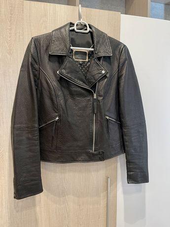 Massimo Dutti кожаная куртка.