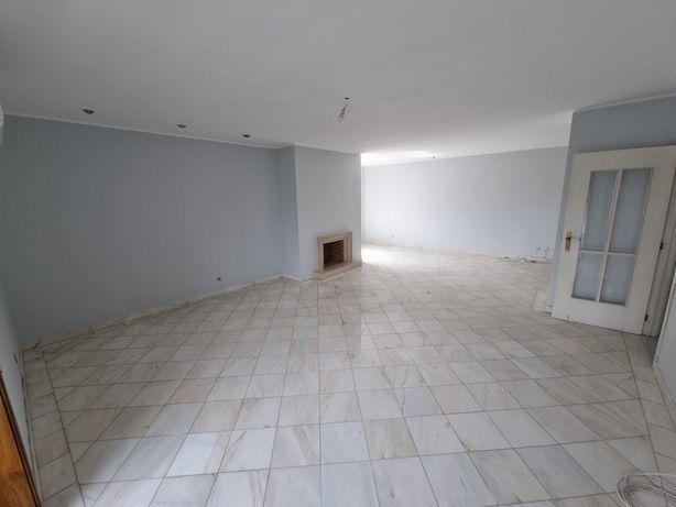Apartamento T3, ultimo piso, terraço, ao Continente Águas Santas