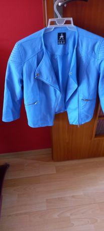 Kurtki płaszcze moda