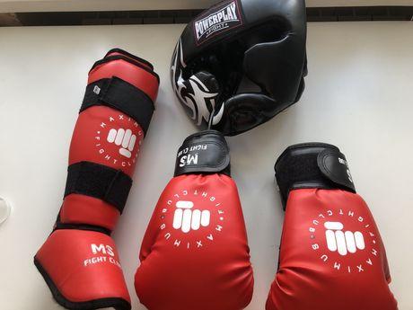 Боксерские Щитки, перчатки Maximus, шлем Powerplay