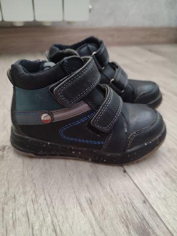 Ботиночки демисезонные на мальчика 28 размер ботинки
