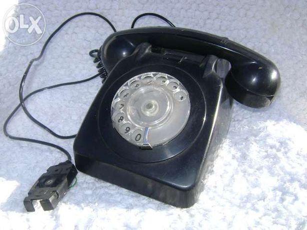 4 Telefones antigos pretos 1973, 75, 77 e 79
