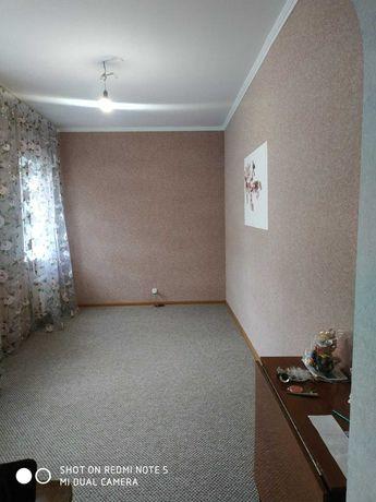 Пол дома на  Алексеевке с отдельным двором