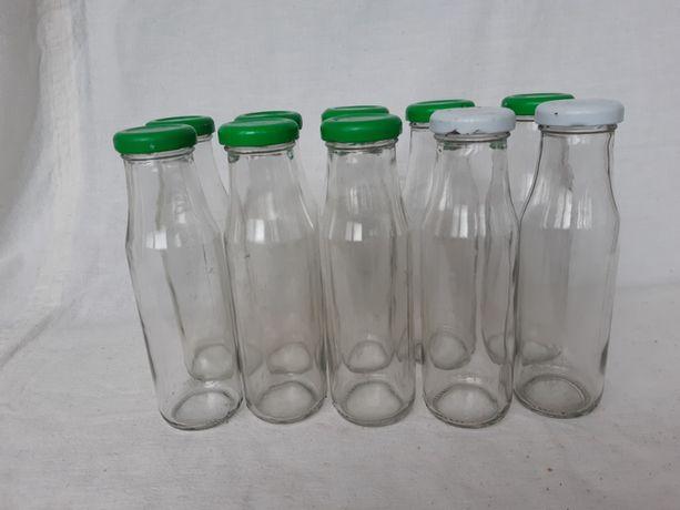 Пляшечки з-під дитячого харчування.