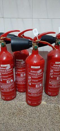 4 Extintores 2 kg co2