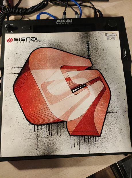 Midiman - Drop The Bass (SIGNAL 006)