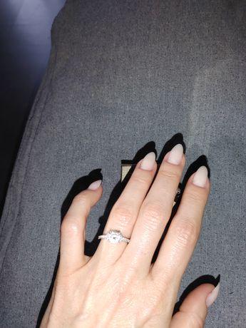 Apart srebrny pierścionek zaręczyny korona piękny 12r.kamień