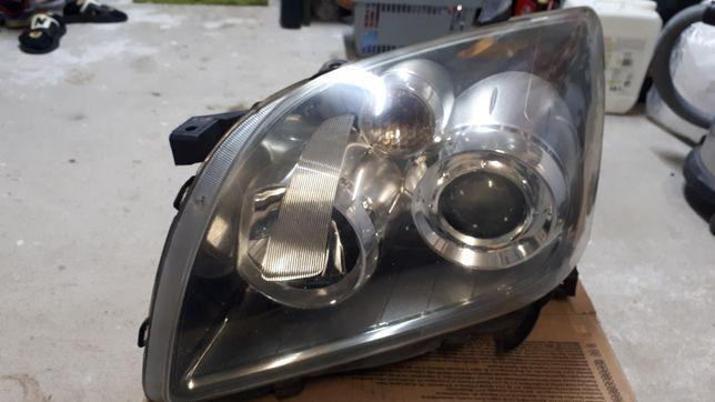 Lampa toyota avensis t 25 lift