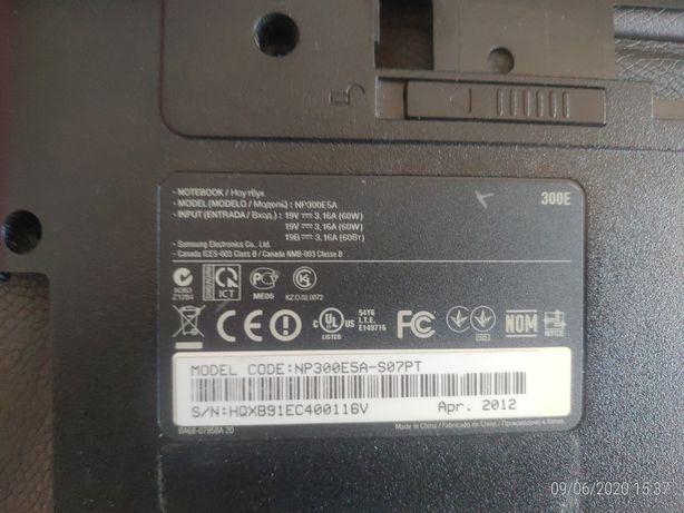 Samsung NP300E5A peças