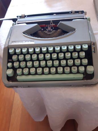 Maquina de escrever hermes baby e calcular olivette logos 48