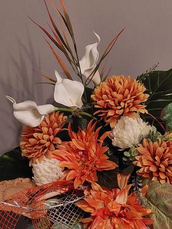 Kompozycja. Sztuczne kwiaty. Kwity na grób,  cmentarz
