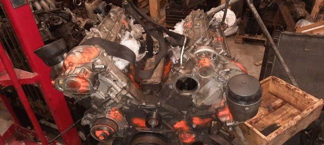 ДВС, двигатель по запчастям Mercedes 3.0cdi om 642