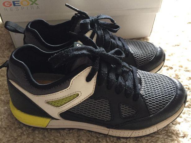 Стильные кроссовки Geox 36 разм стелька 24 см