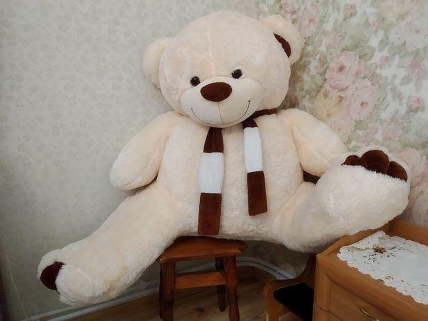Продається  плюшевий ведмедик