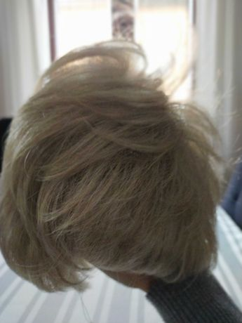Peruka - proteza włosów