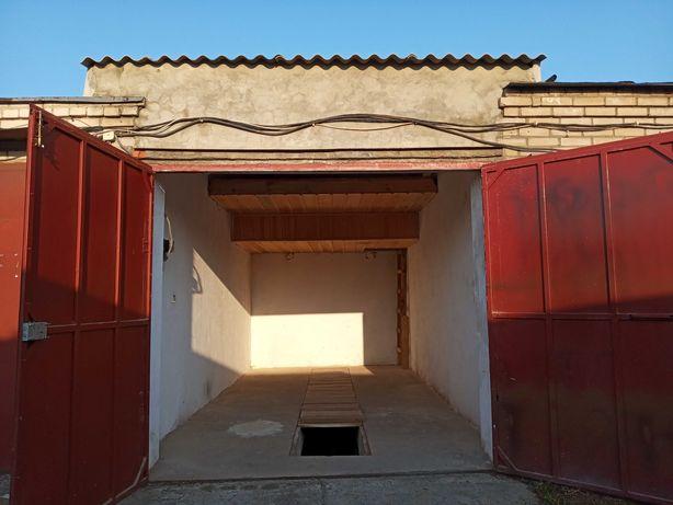 Здаю гараж в районі авторинку у Луцьку