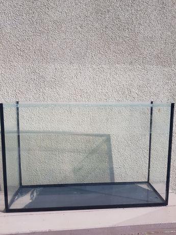 Продаю акваріум