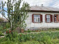 Продам дом в г. Смела на 2 входа в жилом состоянии